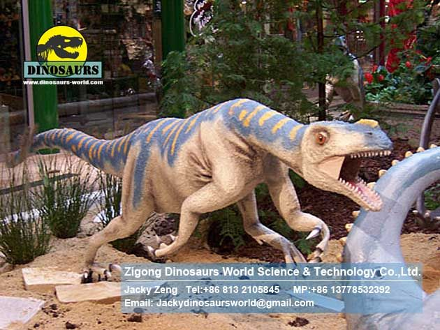 Amusement park african animal statues and dinosaurs Ornithlestes DWD187
